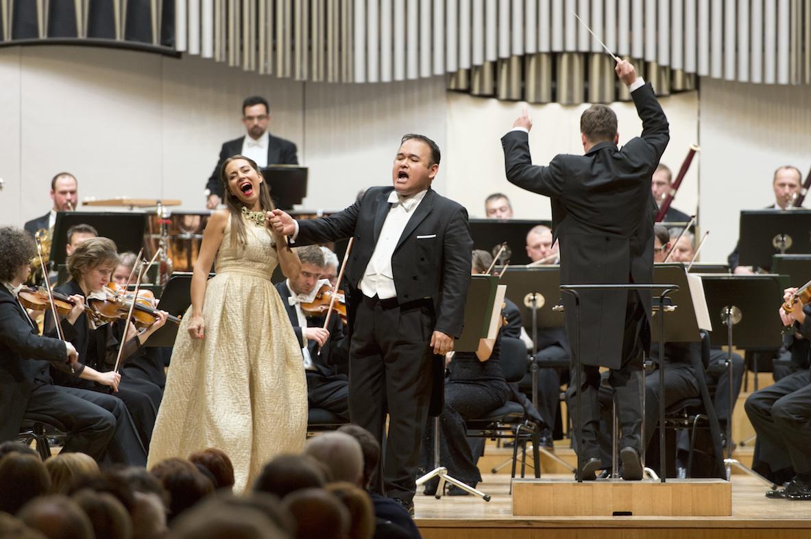 Javier Camarena a Adriana Kucerova